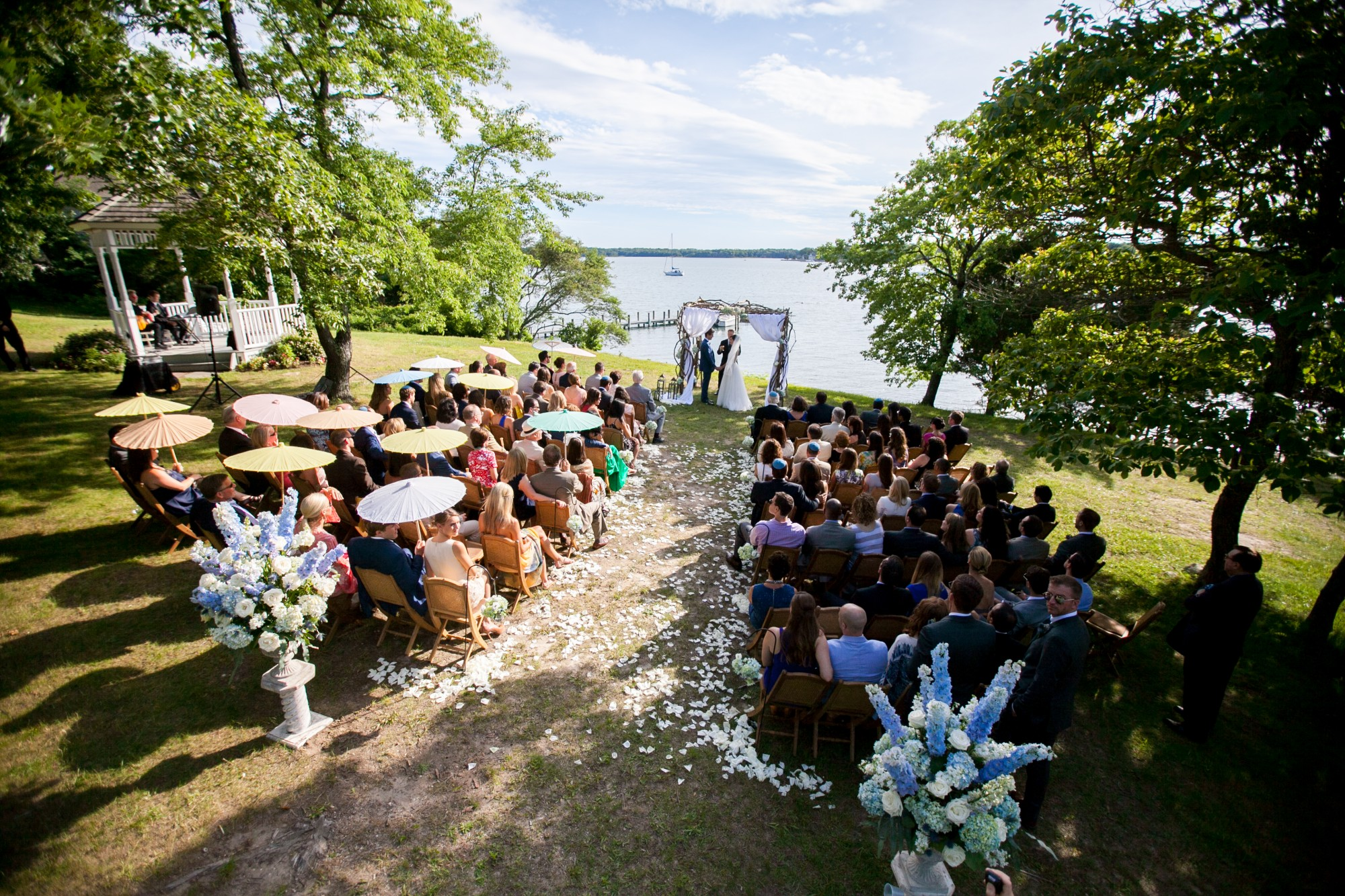 Chic Shelter Island Wedding At The Ram